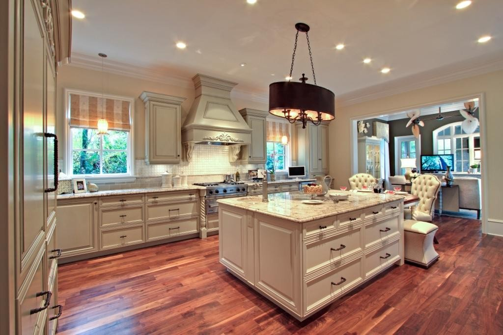 Tips For Kitchen Color Ideas: Delicatus Granite Countertops Kitchen Design Ideas