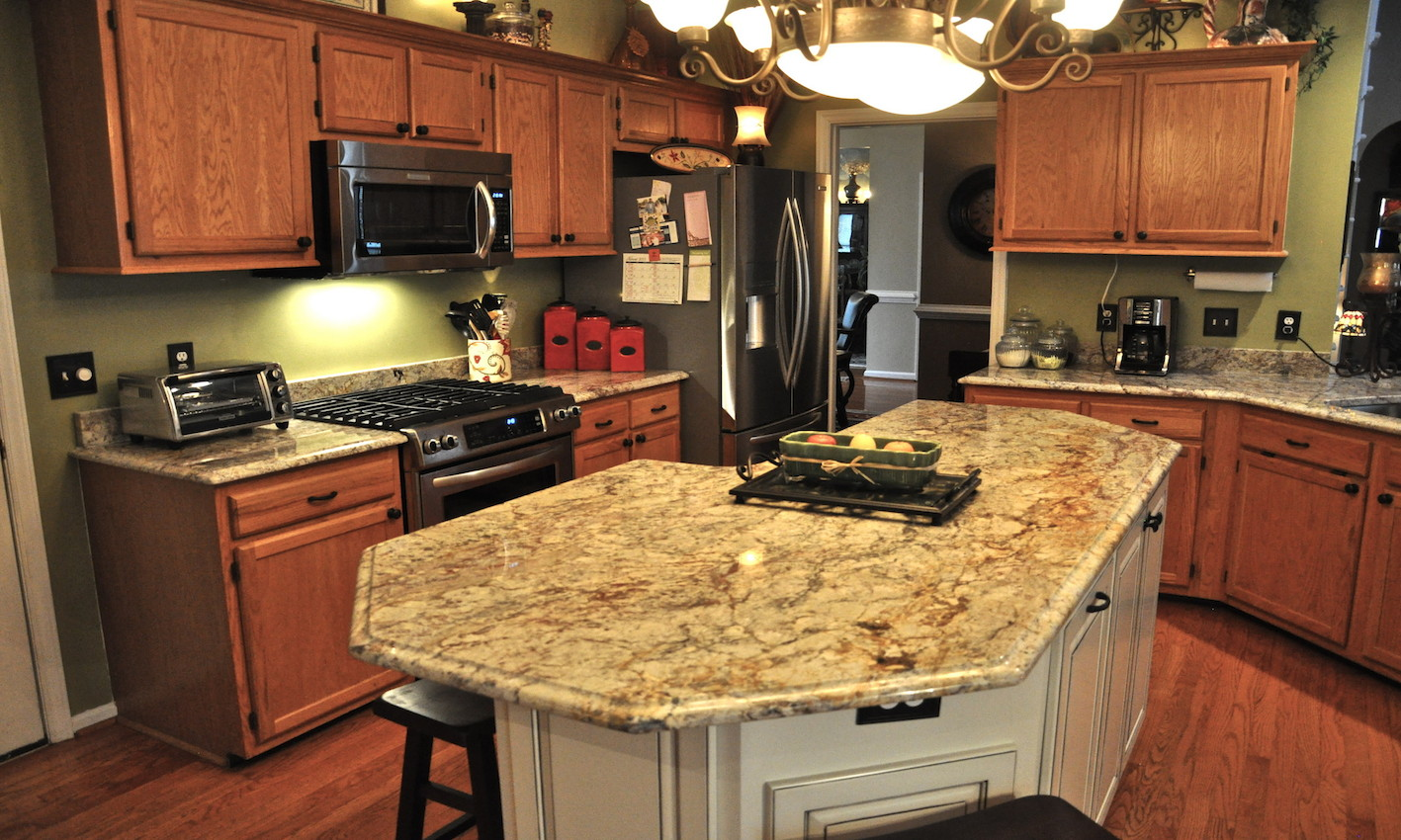 Typhoon Bordeaux Granite Countertops Design Ideas