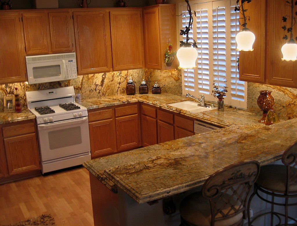 Yellow River Granite Countertop Kitchen Design Ideas