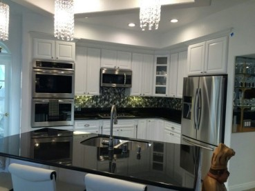 Black Galaxy Granite White Cabinets Backsplash Ideas