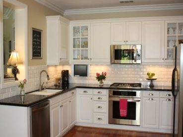 23 Backsplash Ideas White Cabinets Dark Countertops