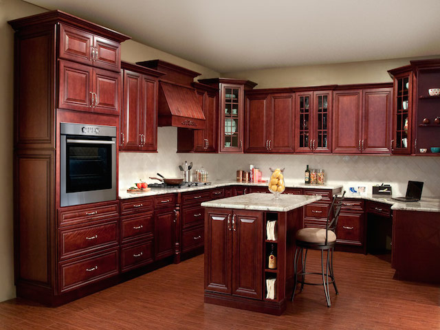 Cherry kitchen cabinets countertops design ideas for Kitchen cabinet options design